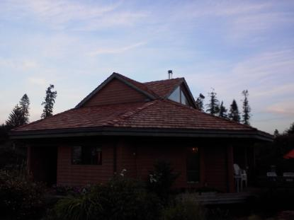 Dove Creek Cedar Roof, timberline, courtenay, campbell river, timberline roofing, shakes, parksville, roofer